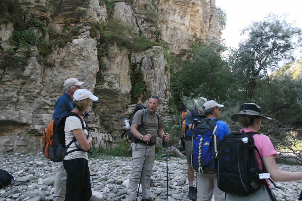 hikes4all in vikos gorge, zagori