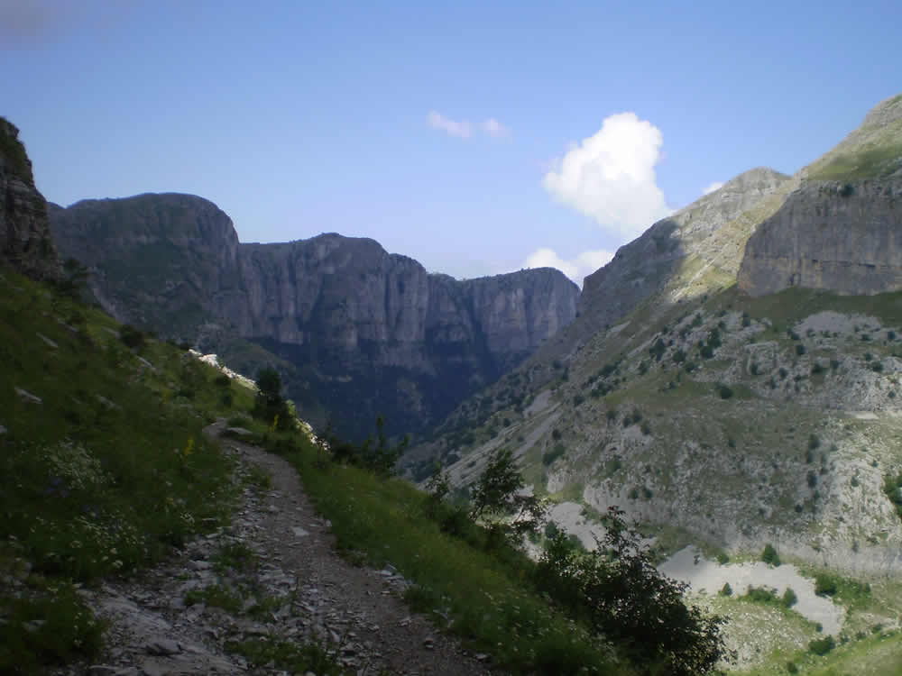 The path in Vikos Gorge