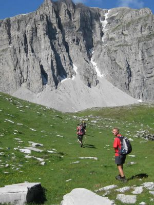 Walking to Astraka Hut